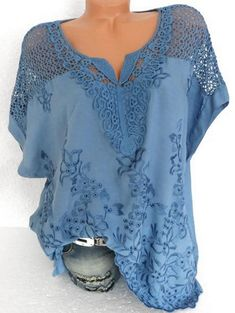 2ffdd29d5348f Latest fashion trends in women s Blouses. Shop online for fashionable  ladies  Blouses at Floryday - your favourite high street store.