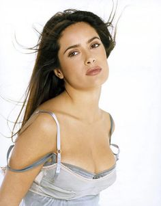 Salma Hayek in a light purple dress Hollywood Celebrities, Hollywood Actresses, Salma Hayek Measurements, Salma Hayek Body, Salma Hayek Pictures, Celebrity Magazines, Latin Women, Female Actresses, Jolie Photo