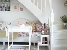 Adorable space under stairs Space Under Stairs, Boho Deco, Cozy Corner, Tiny Spaces, Scandinavian Interior, Cottage Chic, Home And Living, Interior Inspiration, Toddler Bed