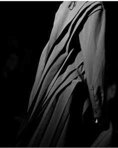 Pleats Ring My Bell, Campaign Posters, All Black Everything, Aw17, Yohji Yamamoto, Fashion Outfits, Detail, Instagram Posts, Photography