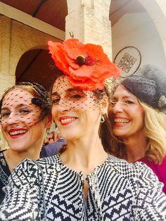 Los genes se van de boda #estilogenetico #niveldeorigen Crown, Jewelry, Fashion, Weddings, Style, Moda, Corona, Jewlery, Jewerly