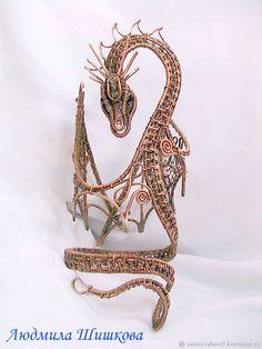 """Купить Браслет """"Дракон"""" - коричневый, wire wrap, браслет, большой браслет, дракон, дракон из меди"""
