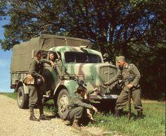 1942  camo Opel Blitz