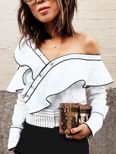 The #1 Spring Trend You'll See Everywhere in L.A. via @WhoWhatWear