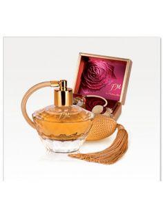 PARFUM FM 313 Rp. 380.000  Perfume 20% Tersedia dalam kemasan 50 ml  Kombinasi menarik dari aromalemon, manisnya raspberry dan madu dengan aroma menggairahkan bungajeruk, melati dan aroma herbal pachouli.  http://fm-dcigroup.com/?id=FMGresik