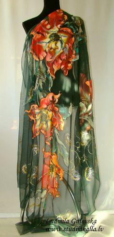 Pintado a mano de tela de seda natural, pintura en seda, tulipán rojo, verde oscuro