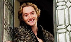"""""""Francis de Valois starring in """"Everytime you smile an unicorn is born"""""""" //// Carnell Seeley for Courting Photoshoot, looking at Princess Genevieve making silly faces at him (For the Crown) King Francis Of France, Reign Mary And Francis, Mary Queen Of Scots, Queen Mary, Toby Regbo Reign, Serie Reign, Reign Over Me, François Ii, Adelaine Kane"""