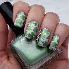 St. Patrick's Day nail art using Moyra nail stamping plate 24 - Primavera and Born Pretty stamping polish