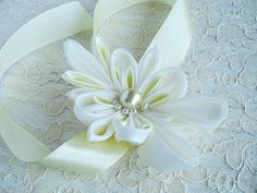 tsumami kanzashi flower instructions