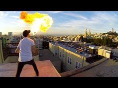 taí um sujeito q eu admiro: o cara que inventou a go pro ---> GoPro: Fire Breathing With A 24 GoPro Array
