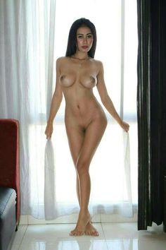 Gavriena Astaris | Model Indonesia | Indonesian Nude Mode