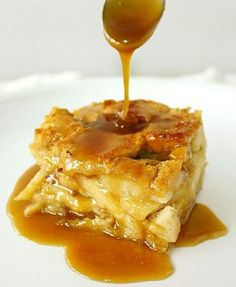 Apple Bread Pudding... really easy and sooooo YUMMY!!!::