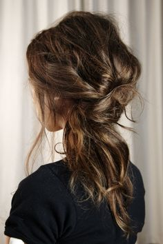 LE FASHION BLOG HAIR INSPIRATION ROMANTIC UNDONE LOOK MESSY LOOKS BRAIDS KNOTS