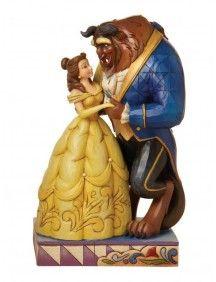 O topo de bolo mostra A Bela e A Fera dançando, num dos momentos mais emocionantes desse clássico da Disney.$279.90