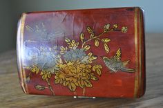 Asian style vintage storage box. Thick by RjBeaVintageCravings