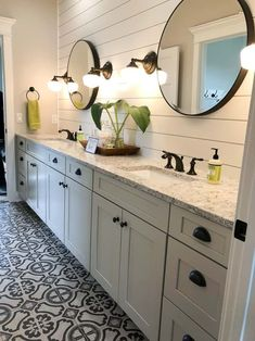 25 Beautiful Farmhouse Master Bathroom Decor Ideas And Remodel. If you are looking for Farmhouse Master Bathroom Decor Ideas And Remodel, You come to the right place. Below are the Farmhouse Master B. Bathroom Renovations, Home Renovation, Bathroom Renos, Home Remodeling, Bathroom Ideas, Bathroom Cabinets, Bathroom Vanities, Bathroom Organization, Bathroom Makeovers