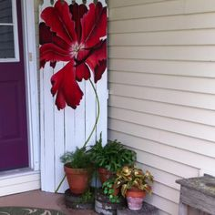 Poppy fence, painted for me by my friend Olivia!