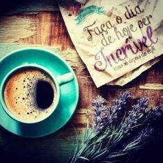 """""""Faça o dia de hoje ser incrível, mas só depois do café."""" Uma Ótima Sexta-feira a todos!!   #bomdia #goodmorning #Deusnocomando #Deus #pensamentos #parauapebas #like4like #like #vida #life #tempo #atitudes #obrigadodeus #tempo #amém #heart #coração #atitudes #paixão #positivy #positividade #pensamentospositivos #pensenisso #pensamentospositivossempre #pensamentospositivos #pensamentos #positivy #goodnigth #good #like #like4like #life #vida #tempo #atitudes #parauapebas #sky #obri..."""