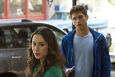 Troian Bellisario (Spencer Hastings) & Keegan Allen (Toby Cavanaugh) - Pretty Little Liars Spencer Y Toby, Toby Pll, Spencer Hastings, Pretty Little Liars Episodes, Pretty Little Liars Seasons, Pll Season 4, Toby Cavanaugh, Just Jared Jr, Episode Online