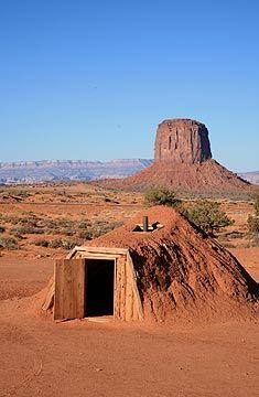 Zo kan je de uiterlijke kenmerken van een gebied ook gebruiken in je ontwerp. Navajo hogan #ruimtelijkekwaliteit