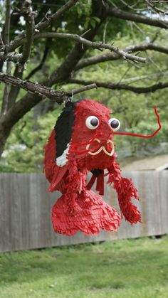 DIY custom wedding day piñatas