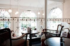 Café des Amis in Zürich Brunch Places, Lokal, Zurich, Restaurant Bar, Chandelier, Ceiling Lights, Lighting, Nice, Restaurants