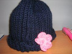 gorro de lana con flor