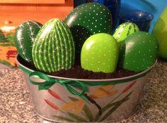 DIY. Cactus con piedras
