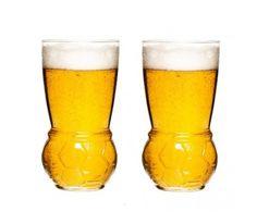 Sagaform - Szklanki do piwa dla kibica 2 szt. EURO 2016 FRANCJA. Jesteście już przygotowani do kibicowania podczas meczów Euro 2016? Może zimne piwo? :) Jeśli tak, to tylko w szklance prawdziwego kibica! Te zabawne szklanki do piwa to obowiązkowy gadżet podczas oglądania meczów ;)