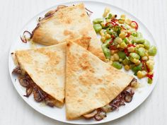 Get Mushroom Quesadillas with Succotash Recipe from Food Network Mexican Dishes, Mexican Food Recipes, Vegetarian Recipes, Dinner Recipes, Cooking Recipes, Healthy Recipes, Ethnic Recipes, Easy Recipes, Healthy Dinners