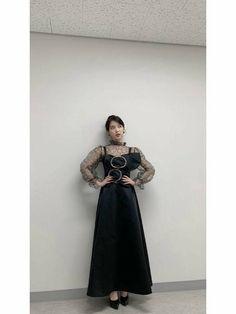 #IU #Hotel_Del_Luna #tvN #LeeJiEun #YeoJinGoo Luna Fashion, Blackpink Fashion, Fashion Outfits, Fashion Design, Ootd Classy, Korean Outfits, Asian Girl, Actresses, Episode 3