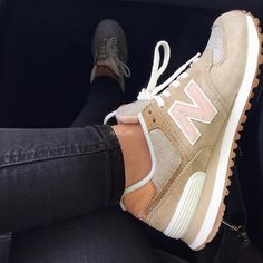 "best service 96df0 9f0d1 GIRLSONMYFEET on Instagram ""🐚 New Balance 574 by dpr.m . . . gomf  girlsonmyfeet"". Adidas Sko KvinderSneakers ..."