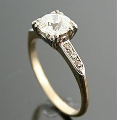 Sweet and Simple. 1940s Engagement Ring - Vintage Gold and Diamond Ring