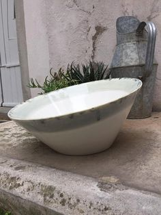 Ciotola grande ceramica smaltata bianca di TRACCEBOTTEGAARTIGIA