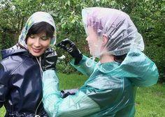 You must all way's tie your bonnet tight Vinyl Raincoat, Pvc Raincoat, Plastic Raincoat, Imper Pvc, Rain Bonnet, Plastic Mac, Rain Hat, Bronze, Raincoats For Women