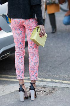 Olivia Palermo/patterned pants