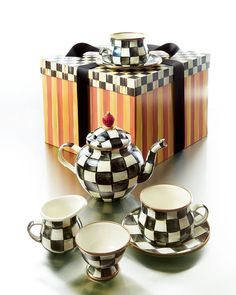 MacKenzie-Childs Courtly Check Teapot Set I love tea lattes! I drink one every morning!!!! I love this set!