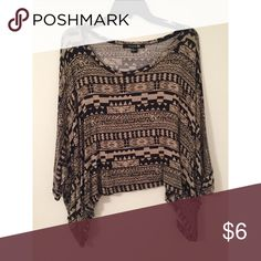 Aztec Boxy Batwing Top Worn once   Size large   Slightly cropped with longer sides and batwing sleeves Forever 21 Tops