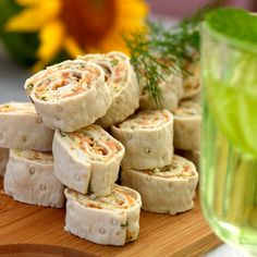 Norwegian Cuisine, Pinwheel Recipes, Recipe For Mom, Holiday Festival, Fresh Rolls, Afternoon Tea, Holiday Recipes, Tapas, Buffet