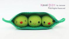 Etsy の Peas in a Pod  PDF Crochet Pattern by jaravee