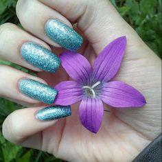 #sugarnails #texturepolish #bluenails #kynsikoristelut #instanails #nailsofintagram #nails #realnails #longnails #nailstagram #sparklenails #girlynails #lilablomma #purpleflower #sparklynails #glitternaglar #glitterkynnet #glitternails #nails #nailartdesign #nailart #naildesign #summernails #kesäkynnet #sommarnaglar