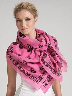 pink-alexander-mcqueen-skull-scarf