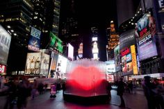 Times Square New York – interactive heart installation : BIG ♥ NYC
