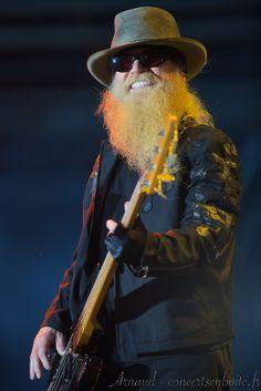Photo live de ZZ Top - Arènes - Nîmes - 28-06-2014 Zz Top, Frank Beard, Billy Gibbons, Hot Blue, Music Station, Awesome Beards, Stevie Wonder, Metal Bands, Texas