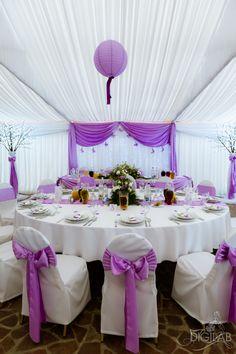 Asztal dekoráció, magenta-feher, #eskuvo, #dekor, #magenta