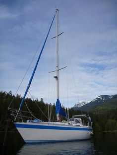 Estrellita 5.10b | Flickr - Photo Sharing! Roscoe Bay, British Columbia, Canada #sailboat #anchorage #boat #cruising #sailing