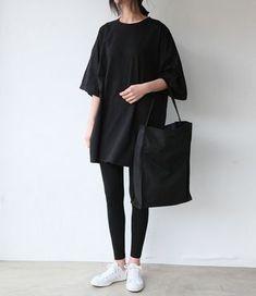 (wo)man in black