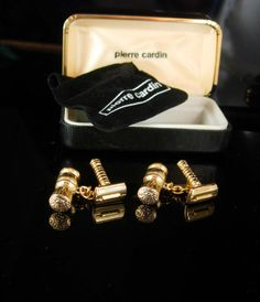 These novelty cufflinks are something I have never seen before and really so cool and Unique! Do you have a favorite barber?Want to make your…