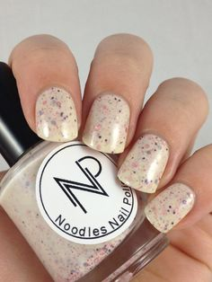 A soft and delicate mix perfect to wear anytime. Berries and Cream is slightly off white crelly with a hint of gold flakies. Mixed in are pink,