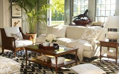 Last Trending Get all images british colonial home decor Viral british colonial living room x Colonial Home Decor, British Colonial Decor, Colonial Furniture, Colonial Decorating, French Colonial, Colonial Bedroom, Style At Home, Style Uk, Royal Style